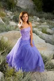 Pretty purple chiffon and satin wedding dress w/ beading. Strapless/short/colorful/gown/bridal/fashion