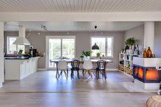 living space including kitchen. Vicky's Home: Casa nórdica espaciosa y diáfana
