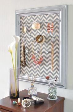 DIY Jewelry Organizerso simple Cork board paint the edges cover