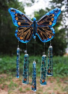 Windchime - Blue and Gold Fused Glass Butterfly Stained Glass Crafts, Fused Glass Art, Stained Glass Patterns, Mosaic Glass, Mosaic Art, Butterfly Wind Chime, Glass Butterfly, Glass Wind Chimes, Diy Wind Chimes