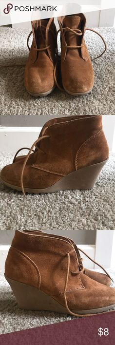 Tan wedge lace up booties Great fall or winter bootie! Merona Shoes Ankle Boots & Booties Wedge Boots, Bootie Boots, Ankle Boots, Tan Wedges, Lace Up Booties, Fashion Design, Fashion Tips, Fashion Trends, Booty