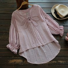 Stylish Dresses For Girls, Stylish Dress Designs, Designs For Dresses, Iranian Women Fashion, Muslim Fashion, Frock Fashion, Fashion Dresses, Blouse Styles, Blouse Designs