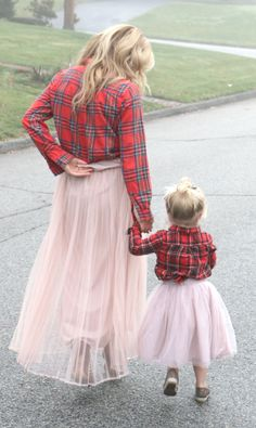 Mom and Daughter Fashion - Mom Generations Twin Outfits, Mommy And Me Outfits, Matching Outfits, Kids Outfits, Mother Daughter Fashion, Mom Daughter, Foto Fun, Kids Fashion, Fashion Outfits