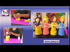 Cómo modelar rosas en porcelana fría - YouTube