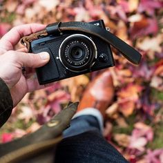 TBT to our fall frolicking with the brilliant Fuji X-E3 and Leica 35mm f2.5 Summarit with our Oxford wrist strap. A tidy combo that packs a punch!