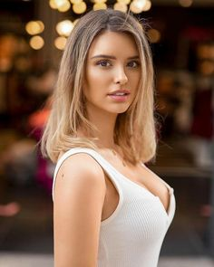Beautiful Eyes, Gorgeous Women, Beautiful Clothes, Female Portrait, Woman Face, Beauty Women, Sexy Women, Celebrities, Models