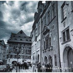 #praha #prague #prag #praga #iprague #outdoor #heritage #history #oldtown #cz #czech #czechia #czechrepublic #czechdesign #czdsgn #česko #české #českárepublika #art #architecture #gothic #townhall #sculpture #statue #design #igerscz