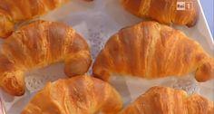 La ricetta dei croissant di Anna Moroni da Dolci dopo il Tiggì   Ultime Notizie Flash