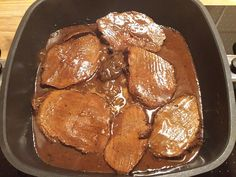Roast beef made easy by crazylady Food Menu, A Food, Good Food, Food And Drink, Yummy Food, Grilled Roast Beef, Christmas Roast, Minced Meat Recipe, Kneading Dough