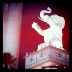 Elephant monument at Hollywood & Highland. Photo taken with instagram by Steven Swimmer in 2011.