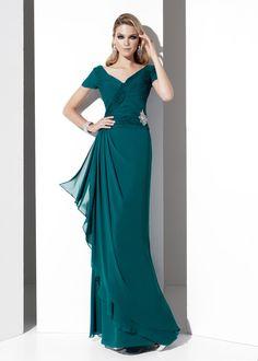 Te muestro diseños exclusivos de las ultimas tendencias de vestidos para madrinas de boda, vestidos largos y cortos en una amplia variedad de colores modernos.