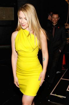 scarlett-johansson-photos-in-yellow-dress-1.jpg (789×1197)