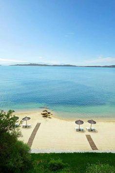Nadire Atas on Beautiful Beaches To Visit Halkidiki, Greece Beautiful Islands, Beautiful Beaches, Beautiful World, Dream Vacations, Vacation Spots, Places Around The World, Around The Worlds, Halkidiki Greece, Myconos