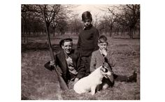 Left to right, Unknown, Uncle Nigg, William Harris11 and dog