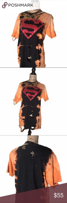 ✂️ Distressed bleached Sparkly Superman tshirt ✨🌟 THIS SHIRT IS QUITE SPARKLY!  This is a super bleached, distressed and ripped SUPERMAN tee with bling! It is super sparkly (hard to tell in these photos!) very distressed stylish look. Loose fitting and comfortable. Somewhat hangs off of one shoulder. woman's medium/large.  #distressed #bleached #acidwash #stonewash #superman #vintage #sparkle #sparkly #glitter #embellished #holes #rippedup #worn  #desyroyed #upcycled #revamped…