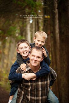 father and sons ©Amy B Photography 2011 - Puyallup Family Photographer