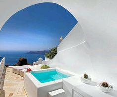 Santorini hotel Tholos, is luxury hotel located in the famous picturesque village of Imerovigli.Our Luxury Hotel Resort, is one of the best hotels in Santorini. Santorini House, Santorini Hotels, Santorini Greece, Santorini Caldera, Greece Resorts, Hotels And Resorts, Best Hotels, Greece Hotels, Luxury Hotels