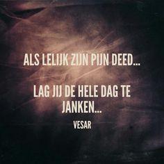 Naast RUMAG kwamen wij onlangs een soortgelijk blog/shop tegen genaamd VESAR.. en wij moeten zeggen dat we er smakelijk om gelachen hebben. Hieronder de be Brain Mapping, Think Before You Speak, Dutch Quotes, Gods Glory, Let God, Really Funny, Happy Life, Wise Words, Poems