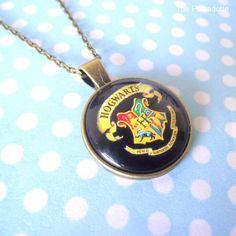 Black Hogwarts School Crest Round Cabochon Necklace Pendant HP Harry Potter…