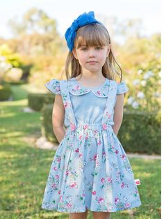 Dove is the prettiest iittle elastic-waisted skirt. With removable and double-sided braces you can choose to wear this skirt three ways! Girls Dresses, Flower Girl Dresses, Summer Dresses, Little Girl Fashion, Kids Fashion, Boho Flower Girl, Emma Style, Elastic Waist Skirt, Baby Dress