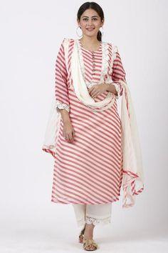 anokherang Combos Pink Leheriya Crochet Straight Kurti with Crochet Pants and Chiffon Leheriya Dupatta Pakistani Designer Suits, Indian Designer Wear, Kurta Designs Women, Blouse Designs, Kurta Patterns, Dress Patterns, Designer Suits Online, Designer Dresses, Crochet Pants