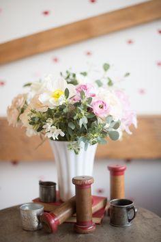 A Found Vintage Rentals Sweet Heart Baby Shower #sweetheart #babyshower #spool #mug #flowers #bouquet #pink #red #white #specialtyrentals #vintagerentals