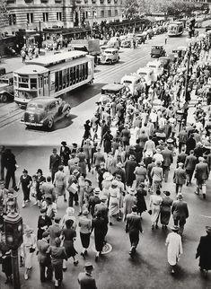 Berenice Abbott - Manhattan, 1937. S)