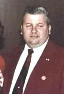 """John Wayne Gacy – The Real Life """"Killer Clown"""" was the one of the worst serial killers in U. history, raping and murdering at least 33 young male victims, burying most under his house. Lethal Injection, John Wayne Gacy, Antisocial Personality, Ted Bundy, Sociopath, Serial Killers, True Crime, Real Life, People"""