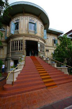 Vimanmek Mansion by iamgist