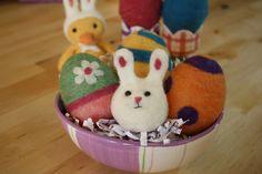 Needle Felting Easter Eggs - Free Felting Tutorial   Living Felt