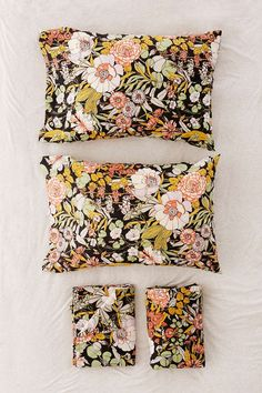 Mila Floral Sheet Set - Urban Outfitters