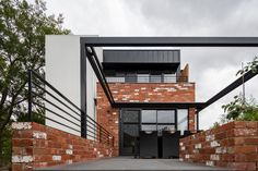 Box House by Paul Tilse Architects - Canberra Extension Architecture - The Local Project New Zealand Architecture, Architecture Awards, Modern Architecture House, Residential Architecture, Interior Architecture, House Cladding, Rustic Basement, Box Houses, Container House Design