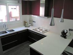 Diseño de cocina de Punt de Vista (Terrassa) con campana Pando P-490