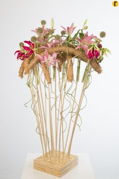 Standing structure by David Ragg | Flower Factor