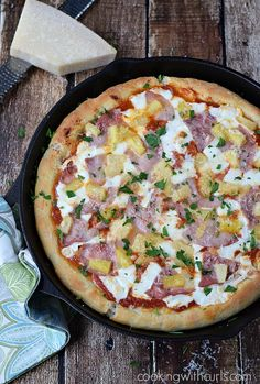 Deep Dish Hawaiian Pizza | cookingwithcurls.com