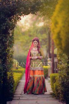 Pakistani Bridal Dresses, Pakistani Outfits, Indian Outfits, Pakistani Clothing, Wedding Dresses, Mehndi Outfit, Mehndi Dress, Mehendi, Desi Clothes