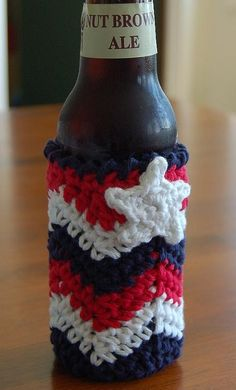 Chasing Chevrons Bottle Can Cozy