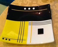 Fused yellow, black & white plate