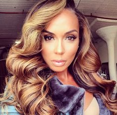 Have to re-create this ASAP. Weave hairstyles for black women. Hair color and curls.