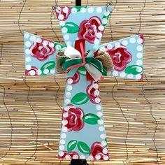 Cross Door Hangers, Palmetto Tree, Barn Wood Crafts, Painted Boards, Wood Crosses, Cross Paintings, Hand Painted, Painted Wood, Paint Party