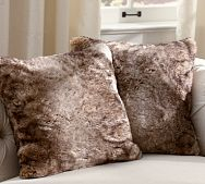 Decorated Chaos: Pottery Barn Inspired Fur Pillow-No Sew