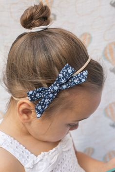 """Limited Edition Alice Bow in """"Midnight Rose"""""""