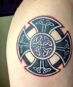 maltese cross celtic knotwork tattoos | Celtic Tattoo Designs Cross Tattoos - Serbagunamarine.com | Find the ...