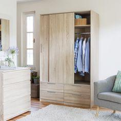 Armarios que guardan ropa con onda Closets, Entryway, Natural, Furniture, Home Decor, Wave, Clean Design, Houses, Drawers