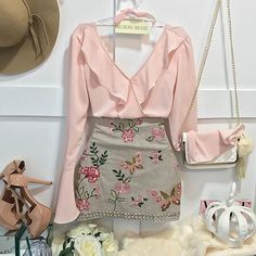 i want that skirt! Girly Outfits, Chic Outfits, Pretty Outfits, Dress Outfits, Summer Outfits, Fashion Outfits, Womens Fashion, Look Fashion, Korean Fashion