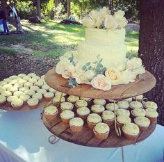 Wedding cake... Something simple <3