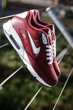 Nike Air Max 90 Essential 'Team Red' http://feedproxy.google.com/fashionshoes1