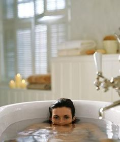 Relax in an Instant: You dont have to check into a spa to unwind! Health Tips, Health And Wellness, Health And Beauty, Health Fitness, Stress Less, Reduce Stress, Stress Free, Healthy Mind, Healthy Hair