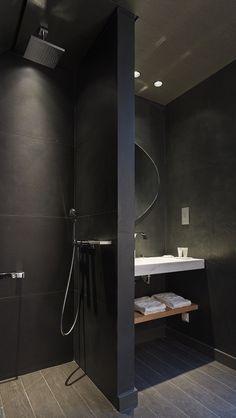Precies indeling badkamer jongens. Ook donkere tegels maken? Of iets lichter, maar wel zelfde op vloer als op muur.