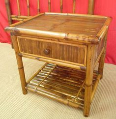 Mesa de bambú, 1 cajon, bambú natural, trabajo artesanal, para uso interio y exterior, 60 x 50 x 55 cm, más información vilanova8.com